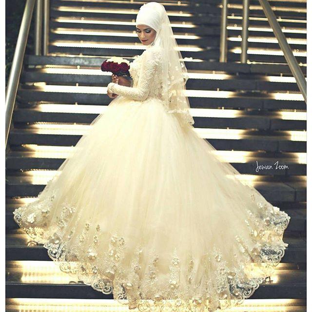 صور فساتين زفاف فخمه , احدث التصميمات الرائعة لفساتين الزفاف