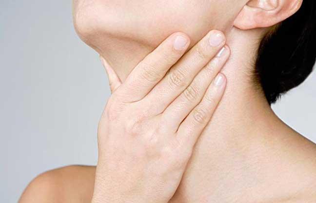 صورة علاج التهاب اللوزتين , اسباب التهابات الحلق عند الاطفال