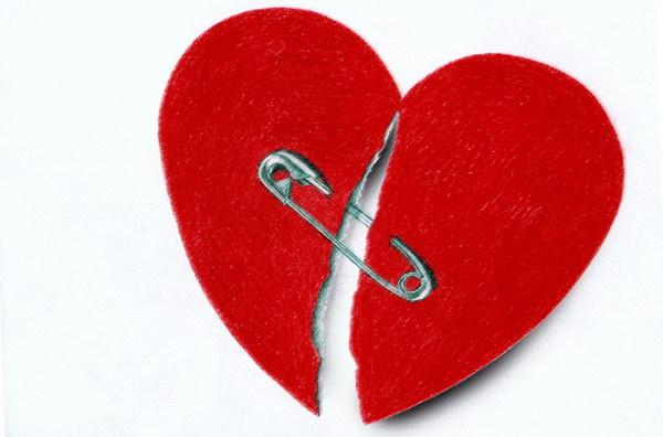 صورة صور قلب مكسور , صورة حزينة ومؤثرة لقلوب مكسورة