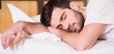 صورة سبب كثرة النوم , تعرف على الاسباب التى تؤدى الى الخمول وكثرة النوم