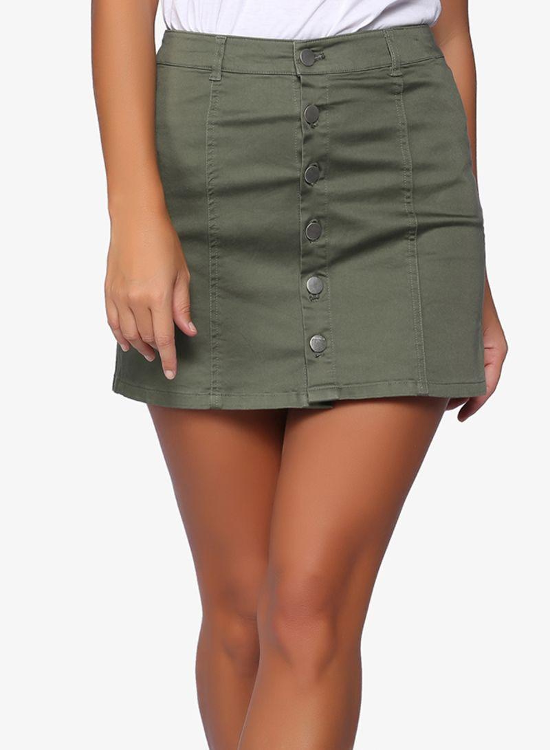 صورة تنورة قصيرة , ملابس قصيرة للبنات