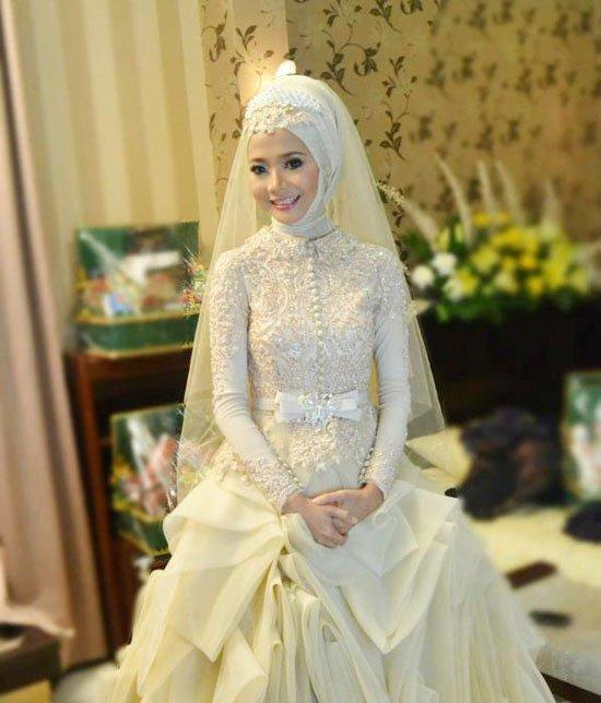 بالصور فساتين اعراس للمحجبات , اجمل فساتين للافراح بالحجاب 1254 10