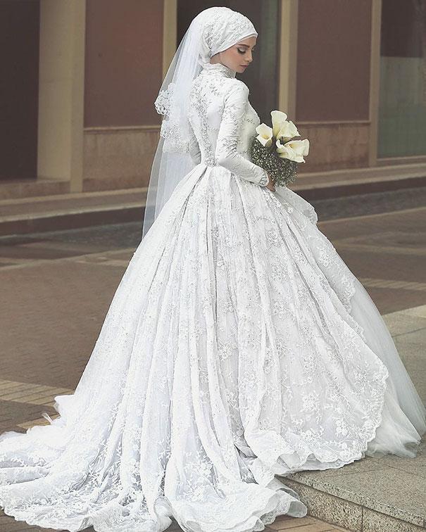 بالصور فساتين اعراس للمحجبات , اجمل فساتين للافراح بالحجاب 1254 3