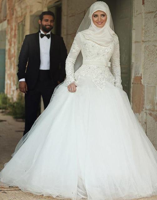 بالصور فساتين اعراس للمحجبات , اجمل فساتين للافراح بالحجاب 1254 4