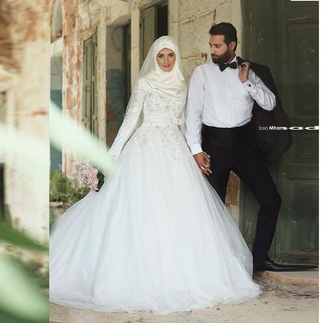 بالصور فساتين اعراس للمحجبات , اجمل فساتين للافراح بالحجاب 1254 5