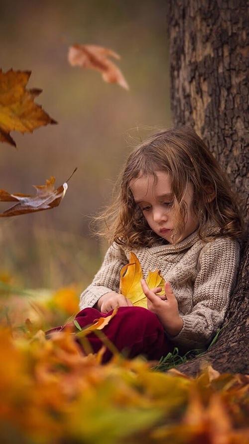 طفلة حزينة , صور طفلة حزينة