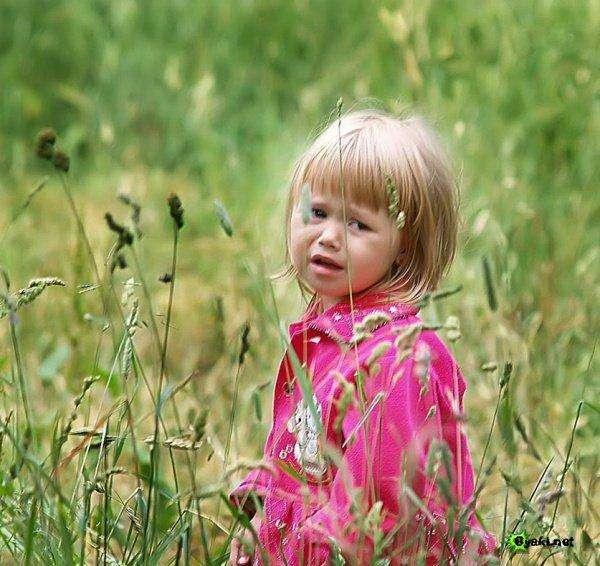 بالصور طفلة حزينة , صور طفلة حزينة 1656 3