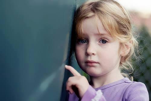 بالصور طفلة حزينة , صور طفلة حزينة 1656 4