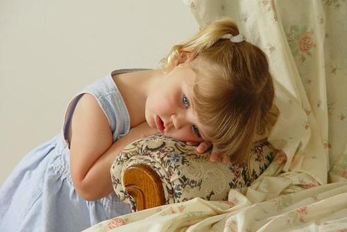 بالصور طفلة حزينة , صور طفلة حزينة 1656 9
