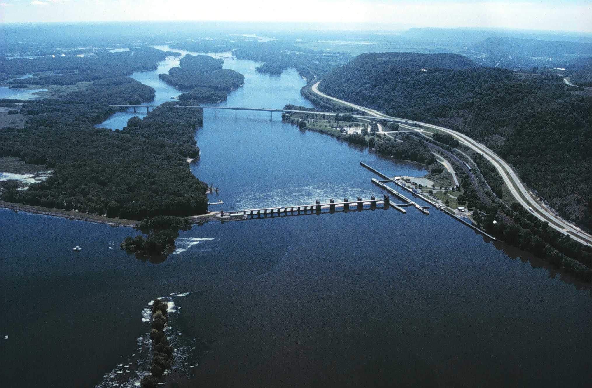 بالصور اكبر نهر في العالم , صور لاكبر نهر في العالم 1708 7