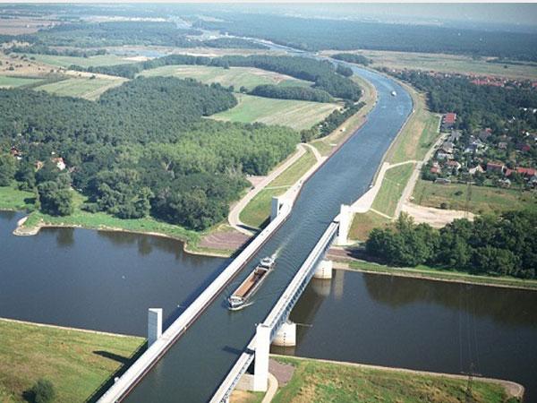 بالصور اكبر نهر في العالم , صور لاكبر نهر في العالم 1708 8