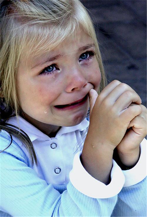 صورة صور اطفال حزينه , بكاء وحزن اطفال فى صورة