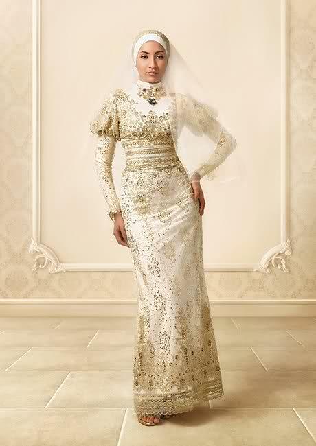 بالصور فساتين طويله فخمه , جمال الفساتين الطويلة وشياكتها على الفتاة 2684 4