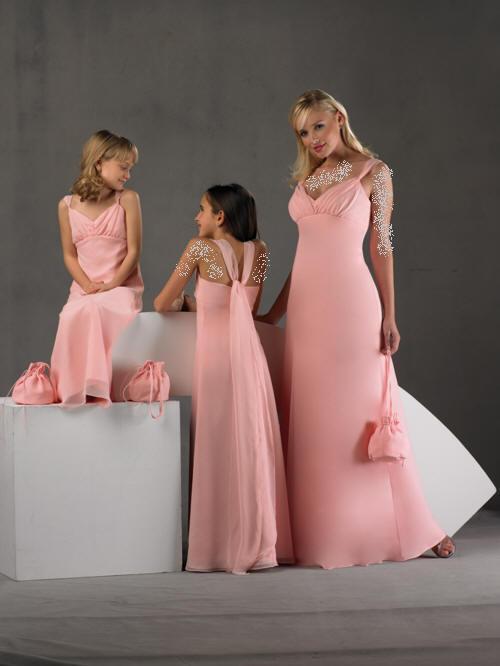 بالصور فساتين طويله فخمه , جمال الفساتين الطويلة وشياكتها على الفتاة 2684 9