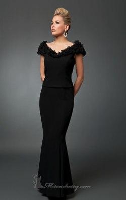 بالصور موديلات فساتين مخمل , اجمل تصاميم فستان مخمل 2777 3