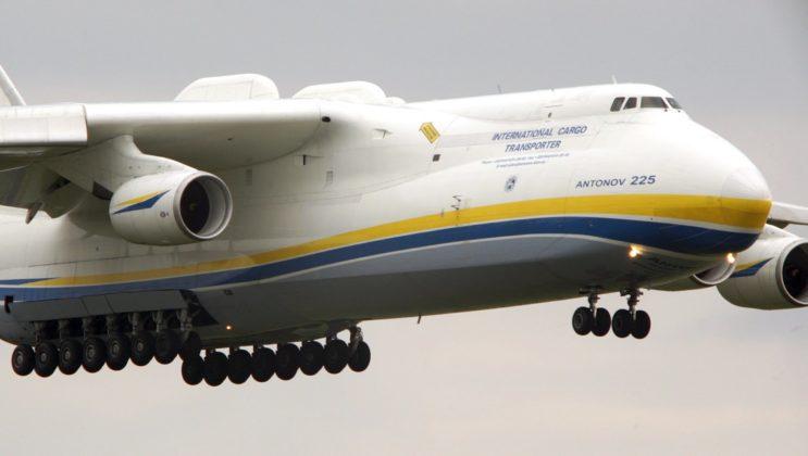 بالصور اكبر طائرة في العالم , طائرة ضخمة لن تصدق حجمها ! 3268 11