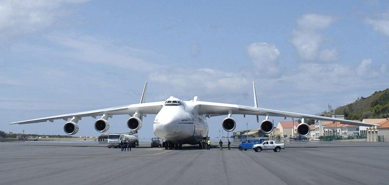 بالصور اكبر طائرة في العالم , طائرة ضخمة لن تصدق حجمها ! 3268 15