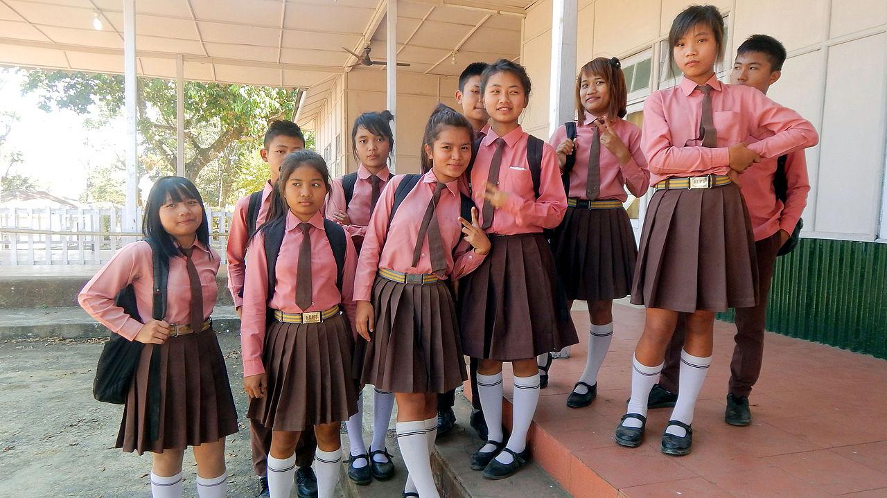 بالصور بنات المدرسه , صور جميلة لبنات في مرحلة الدراسة 3356 5