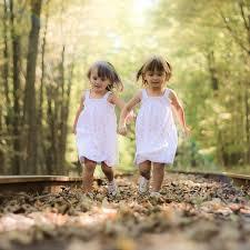 بالصور صور معبرة عن الصداقة , تدوم الصداقة مهما باعدت بين الاصدقاء الظروف والايام 3442 7
