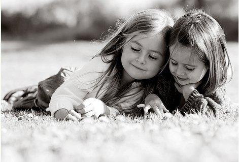 بالصور صور معبرة عن الصداقة , تدوم الصداقة مهما باعدت بين الاصدقاء الظروف والايام 3442