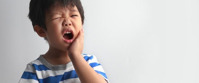 صور علاج اسنان الاطفال , علاج تسوس اسنان عند الاطفال بالاعشاب