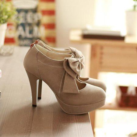 احذية كعب , الموضة واخر صيحاتها