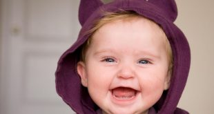 صورة صور اطفال مضحكه , حركات مضحكه للاطفال