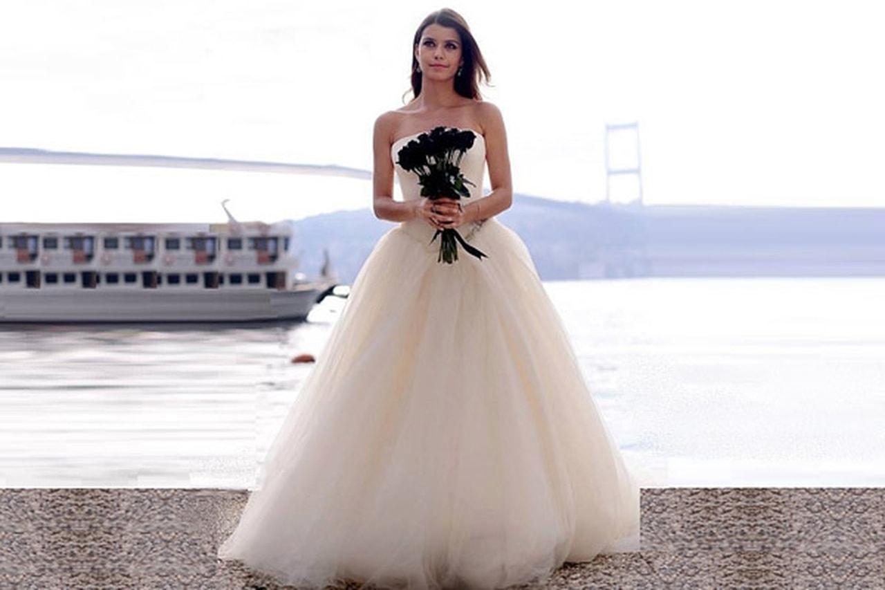 صورة العروس في المنام للمتزوجة , تفسير رؤية المتزوجه لعروس
